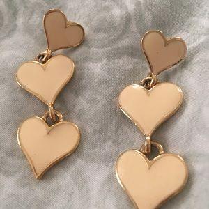 Triple heart dangle earrings off white